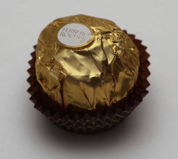 Ferrero Rocher Kugel Verpackung