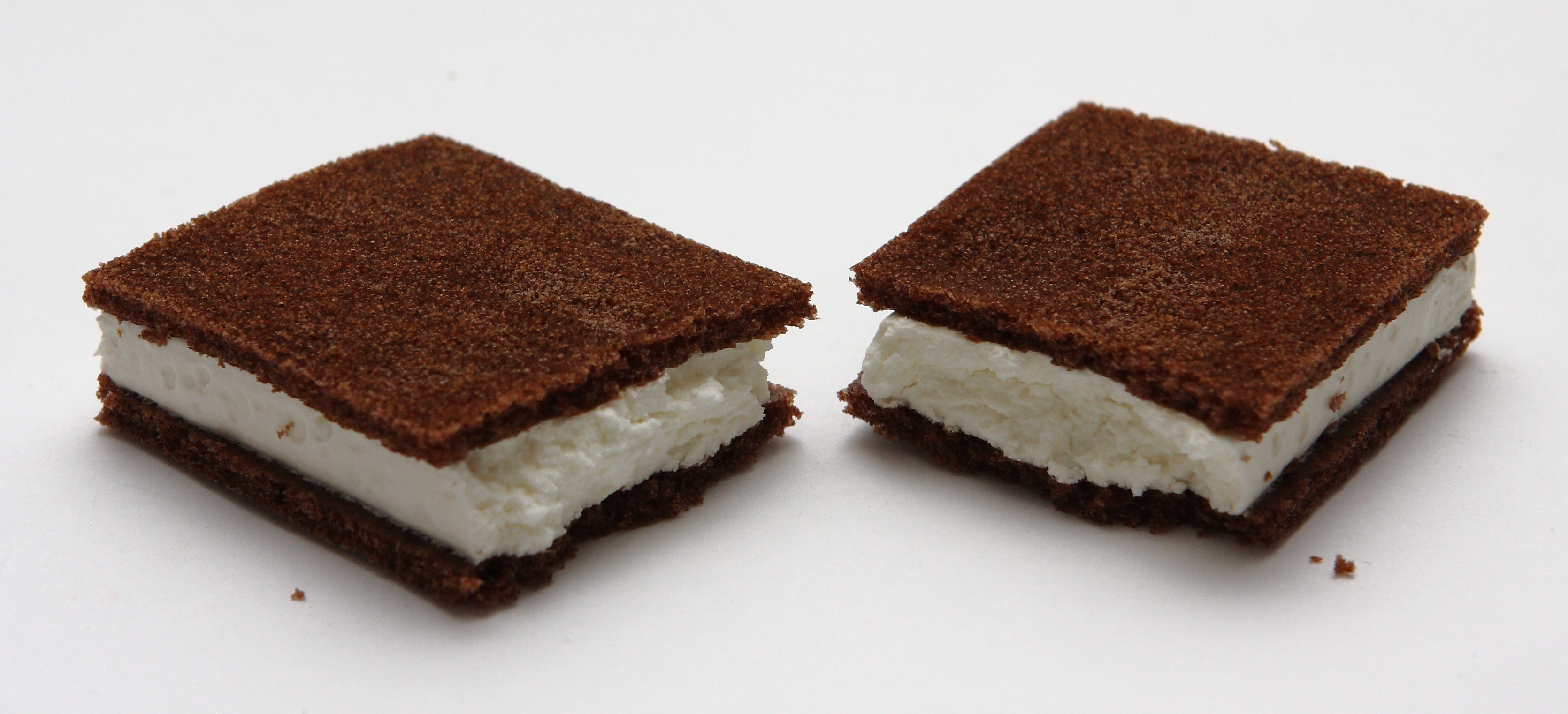 So I Ordered An Ice Cream Sandwich In Thailand This Is What They