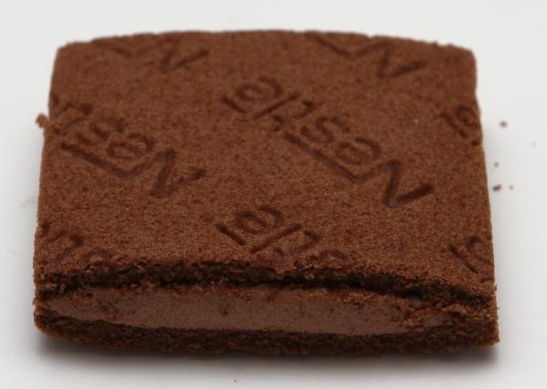 nesquik kakao snack nestle echtes aussehen werbung gegen realität
