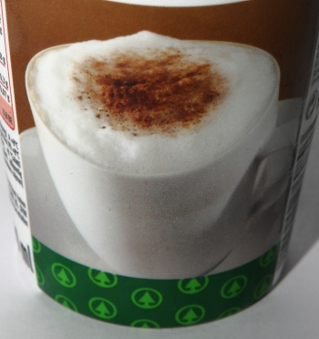spar s budget cappuccino schaum tasse detail