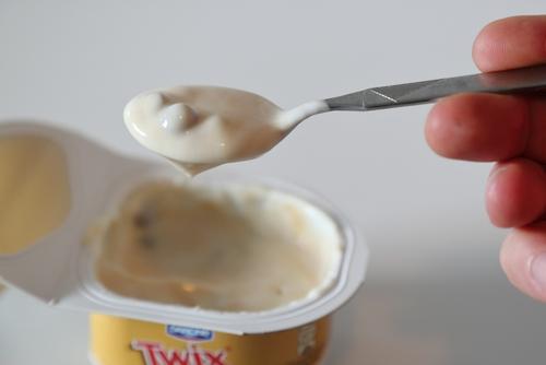 Danone Twix Mix Joghurt Schokolade Bällchen Chocolate Balls Yoghurt
