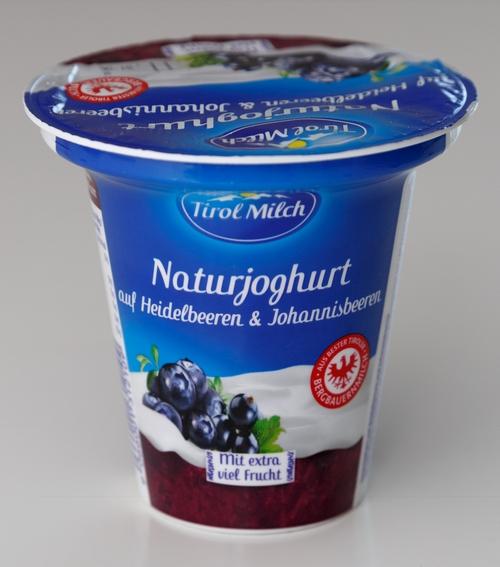 Tirol Milch Naturjoghurt Heidelbeeren Johannisbeeren Bilder Fotos Tirol Milch Bilder Joghurt Bilder